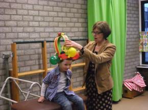 Ward van Nieuwenhoven 100e leerling basisschool Budschop