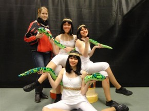 Majorettetrio Sharon, Bianca en Mariska winnen Goud