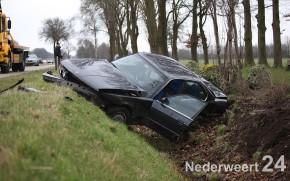 Eenzijdig ongeval Wetering Nederweert BMW in de sloot 1490