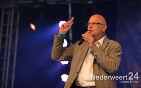 Burgemeester Evers opent Moulin Blues 2013 2399