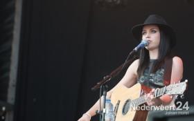 Amy op Zaterdag Bospop 2013