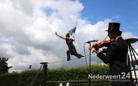 2013-08-08 Straat Theater Nederweert Hof van Schoor 099