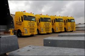 Nieuwe-Volvo-s-voor-Verzinkerij-Van-Aert-Nederweert