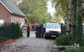 2013-11-06 Hennepkwekerij Ospel Horickheid 10 personen aangehouden 1814