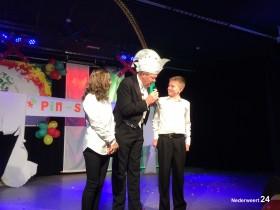 Jeugdprins Tim 1 en prinses Charlotte van de Pinmaekers