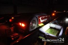 Vrachtwagen heeft kapotte dieseltank op A2 bij Nederweert
