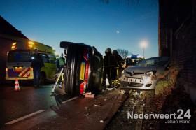 Ongeval Hoogstraat Ell brandweer bevrijdt persoon uit auto