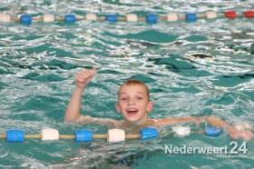Zwem4daagse Nederweert bij sportcentrum Laco