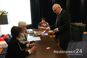Burgemeester stemt Gemeentehuis Nederweert