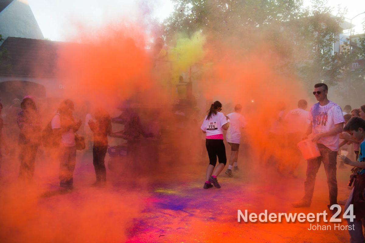 Foto's Color Fun Run Weert 2014 (Deel II)