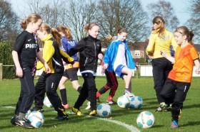meiden voetbal training