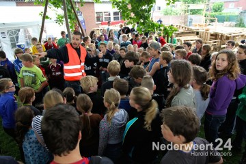 Timmerdorp Budschop van start Jong Nederland Budschop Nederweert