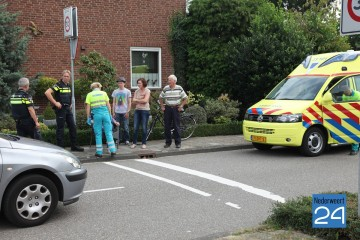 Ongeval fietsster met auto op kruising Houtmolen  4