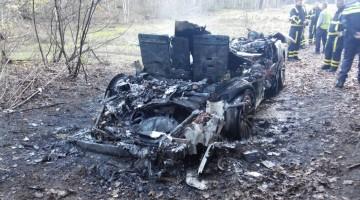 Auto volledig uitgebrand Tungelroy