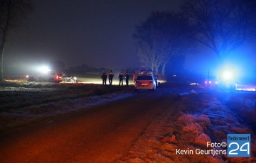 1politie schiet op gestolen auto Ospel
