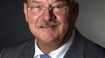 Bekende ondernemer Bèr Moonen overleden