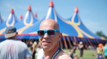Veel zonnebrillen op zonnig Bospop (Foto's)