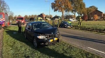 botsing auto's Hennenstraatje-Ittervoorterweg