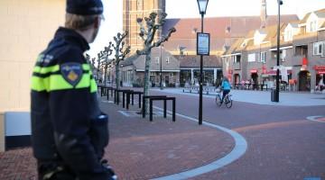 Politie controleert op éénrichtingsverkeer in Kerkstraat