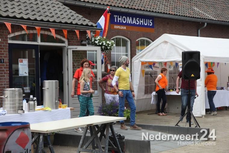 Oranjemarkt Thomashuis Ospeldijk