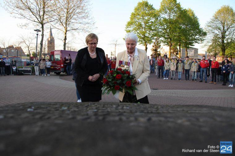 Dodenherdenking Nederweert 2016 - Richard van der Steen-8711