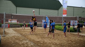 Team Konings Transportbandenbouw winnaar beachvolleybal toernooi