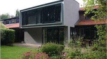 Architectuurprijs voor aanbouw Joost van den Vondelstraat in Weert
