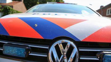 Politie zoekt donkere BMW in Nederweert