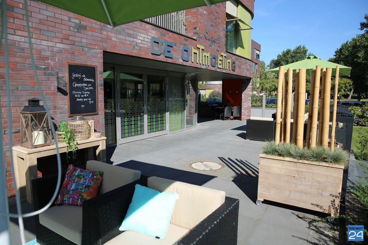 Een gezellige plek om elkaar te ontmoeten nederweert24 for Lay outs terras van het restaurant