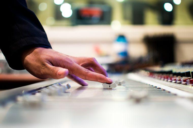 draaitafel-dj-radio