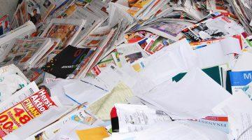 Container oud papier Raadhuisplein wordt verplaatst