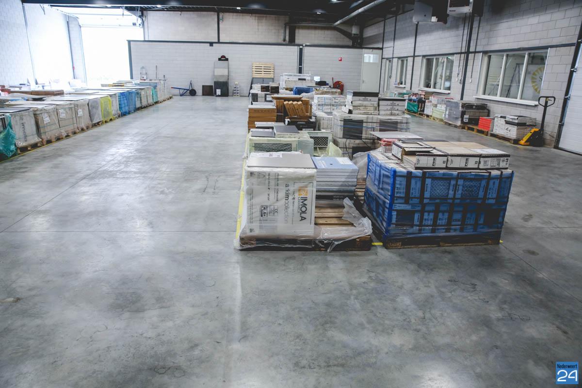 Tegels Badkamer Limburg : Tegel outlet limburg ondergaat complete make over nederweert