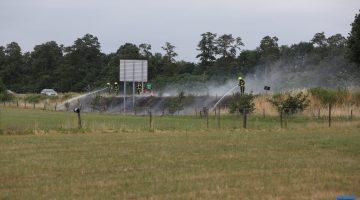 Bermbrand langs A2 bij Grathem snel geblust