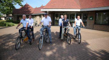 College op de fiets door Nederweert