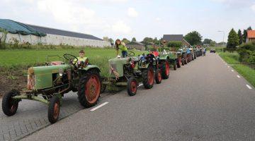 De Heituffers trekken door Nederweert (Foto's)
