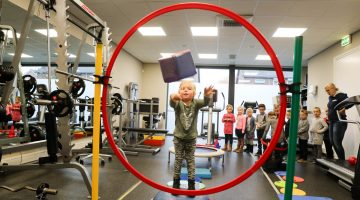 Kids van IKC de Kerneel bezoeken Fysio-Active Nederweert
