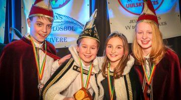 Jeugdprins Thuur 1 en prinses Marit van VV de Uulskuukes in Leveroy
