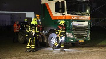 Poetsdoek zet vrachtwagen bijna in vuur en vlam