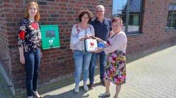 AED bij Gremo Holding BV in Nederweert-Eind