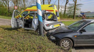 Auto's botsen op Graafschap Hornelaan Weert