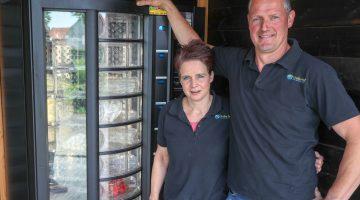 """Leon en Esther """"Verkoopautomaat nu al een succes"""""""