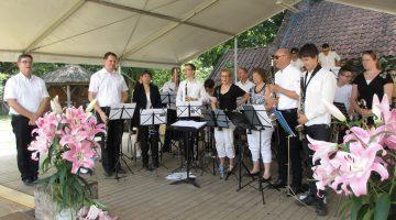 Concerten Clarinet Choir Weert in Openluchtmuseum Eynderhoof