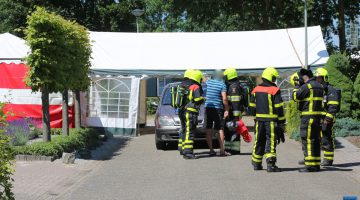 Gasleiding geraakt door opzetten tent voor straatfeest