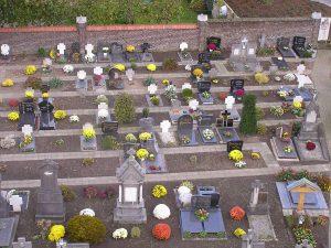Begraven op kerkhof bij St. Lambertuskerk