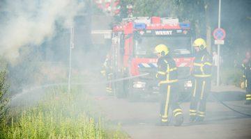 Brandweer dooft natuurbrandje
