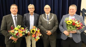 Afscheid nemen en welkom heten in de gemeenteraad van Nederweert