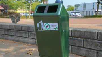 Plaatsing van acht extra afvalbakken