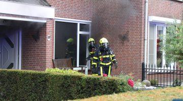 Woningbrand Weert | bewoonster krijgt veel rook binnen