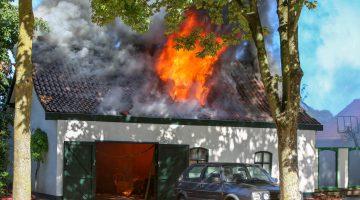 Garage uitgebrand Julianastraat Budschop