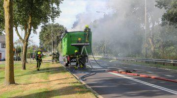 Vrachtwagen oplegger in brand Rijksweg-Noord